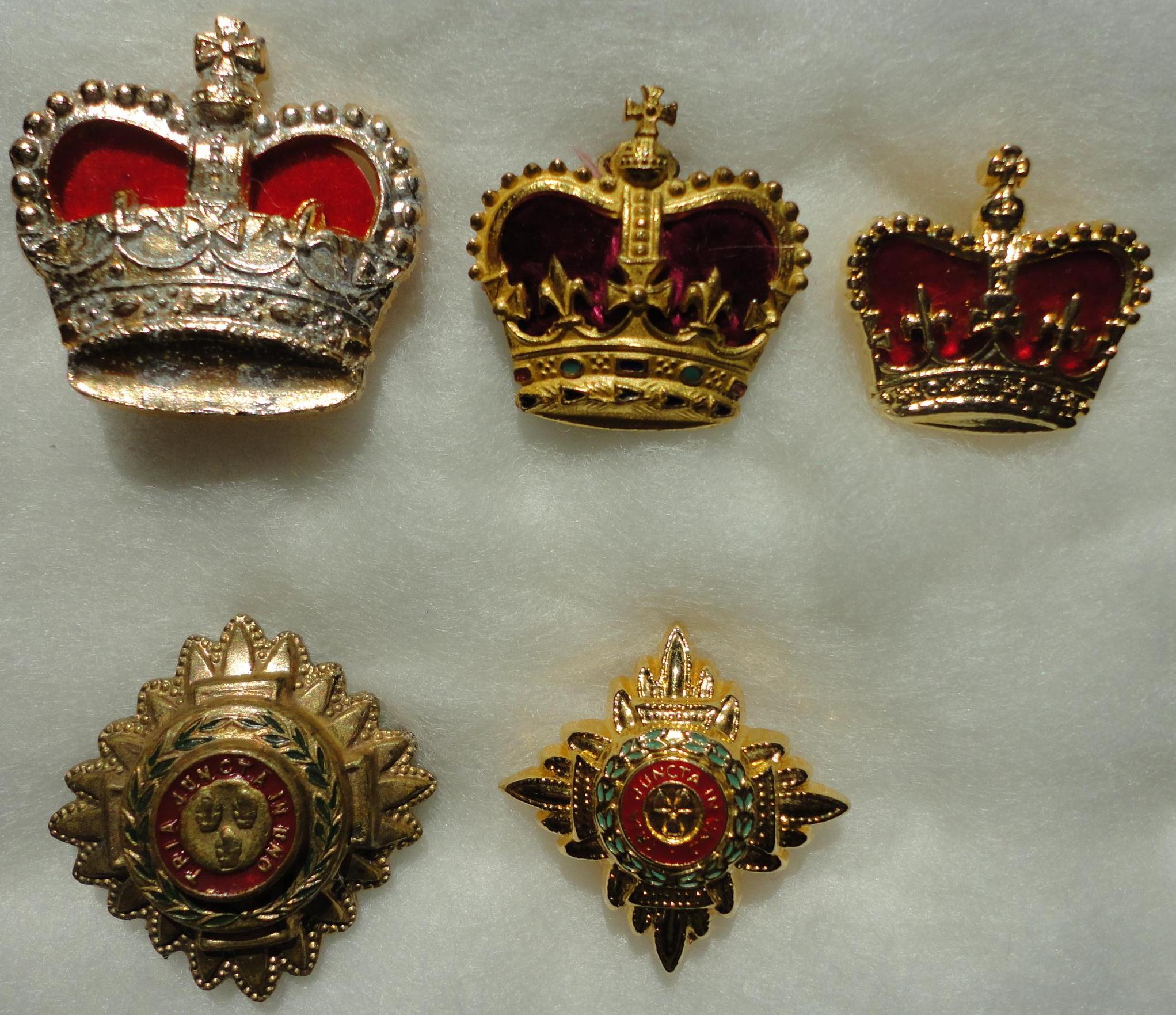 badges crowns stars