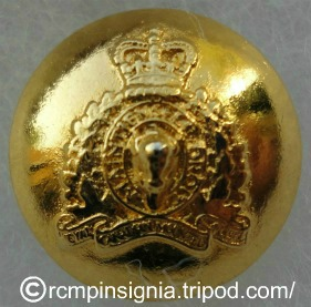 RCMP Button screw-type face on2.jpg?139